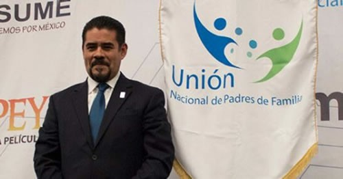 Unión Nacional de Padres de Familia en contra de revertir ReformaEducativa. Noticias en tiempo real